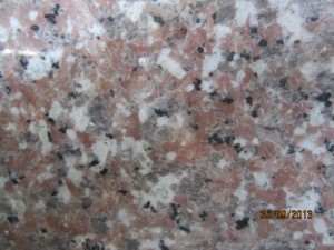 Granite Hồng Yaly