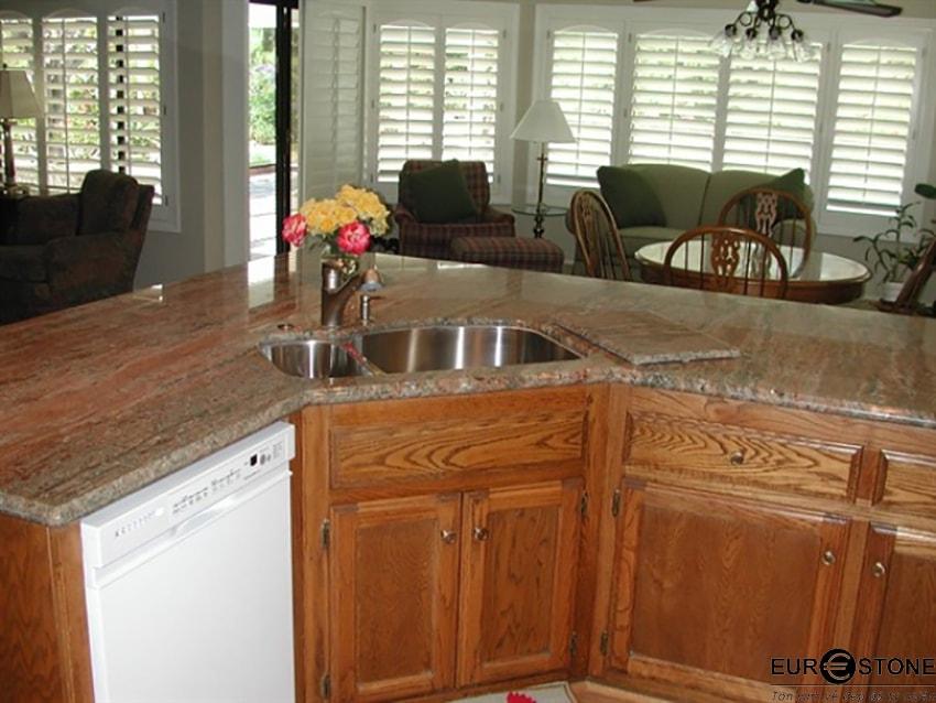 đá hoa cương rosewood mặt bếp