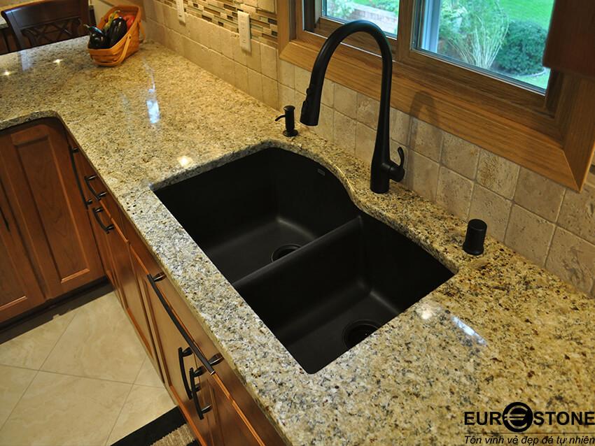 Các cách lắp đặt chậu rửa trên mặt đá ốp bếp