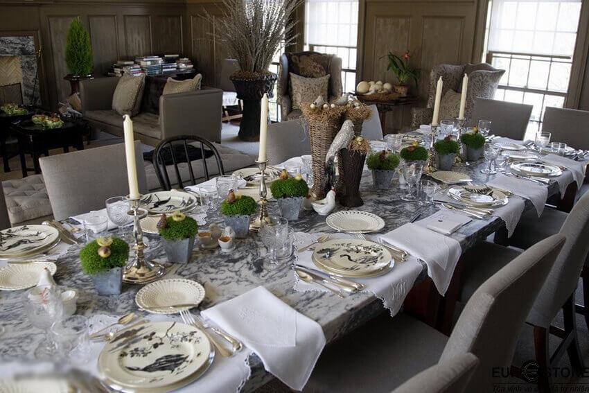 bàn ăn mặt đá marbe