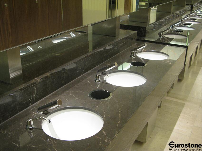 ban da lavabo den