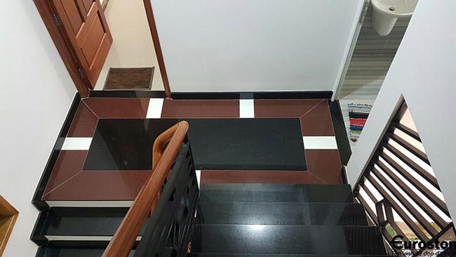 Đá Granite Kim Sa Trung ốp cầu thang