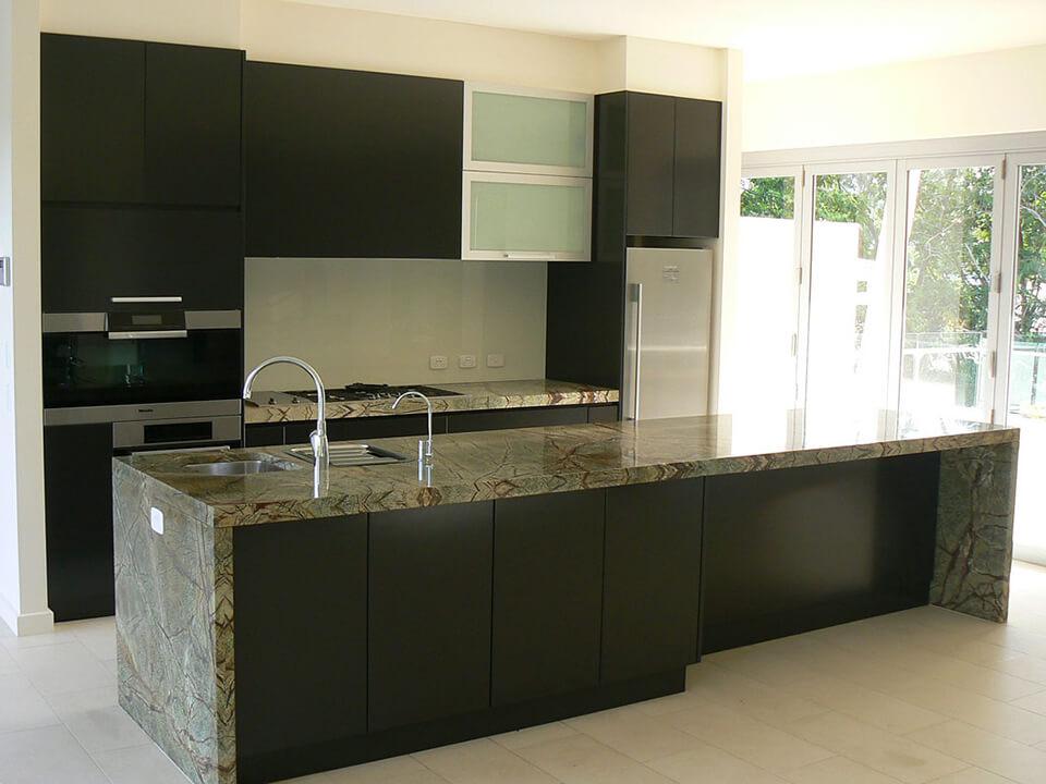 Đá Marble Rainforest Green ốp bếp