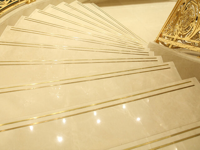 Đá Marble (Cẩm Thạch) Burdur beige ốp cầu thang