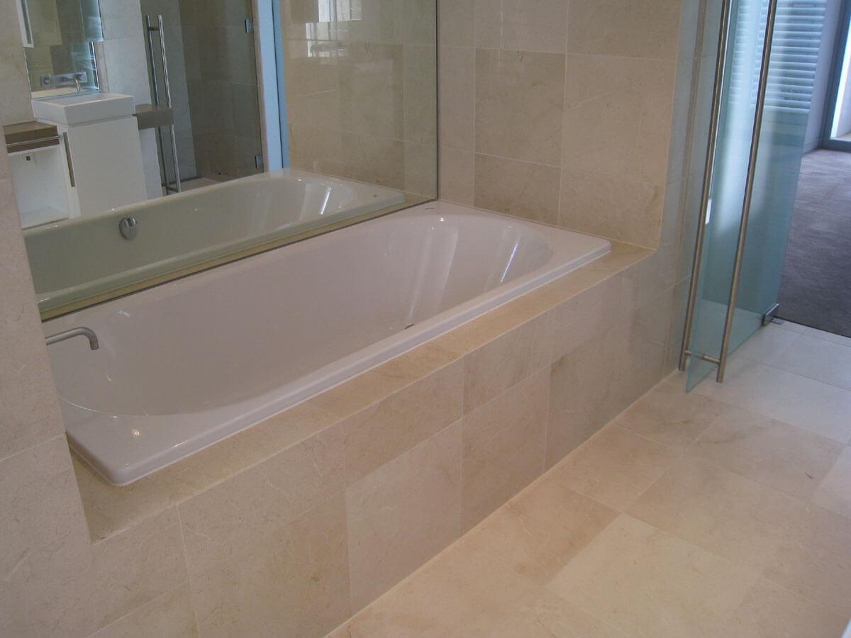 Đá Marble Crema Marfil ốp nhà tắm