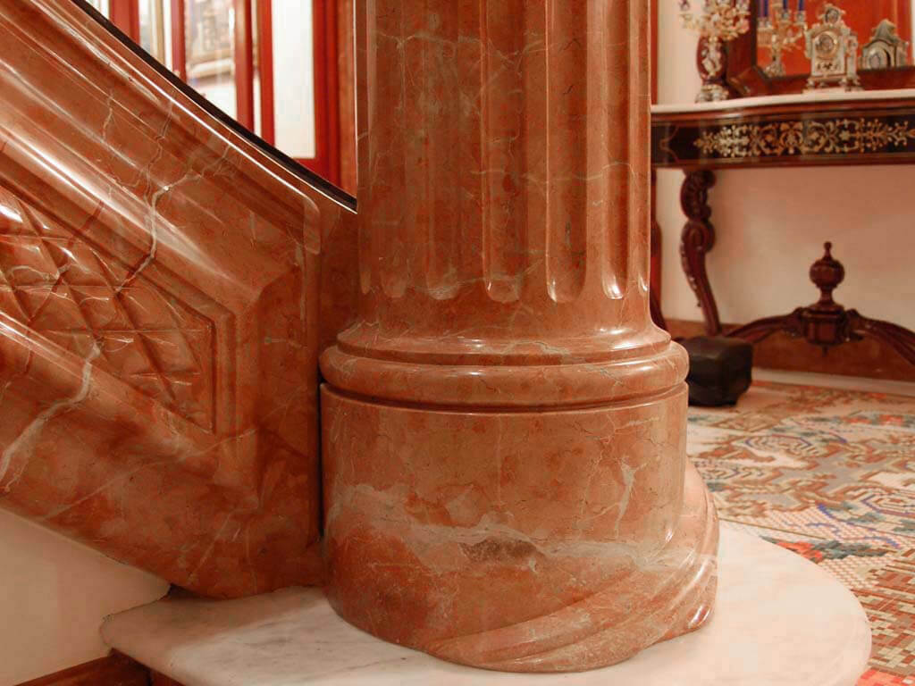 Đá Marble (Cẩm Thạch) Rojo Alicante ốp cột