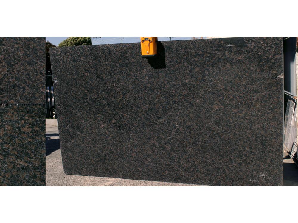 Đá Granite Tự Nhiên Brown Safia