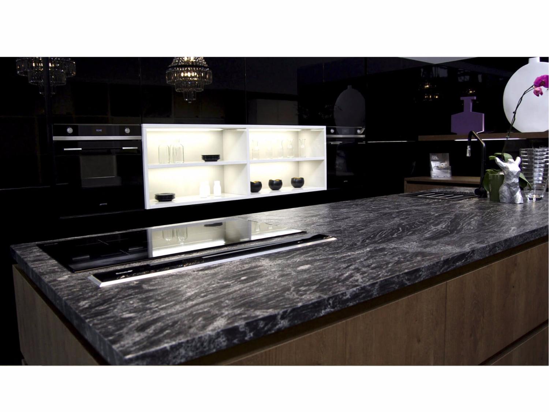 Đá Granite Magma Black ốp bếp