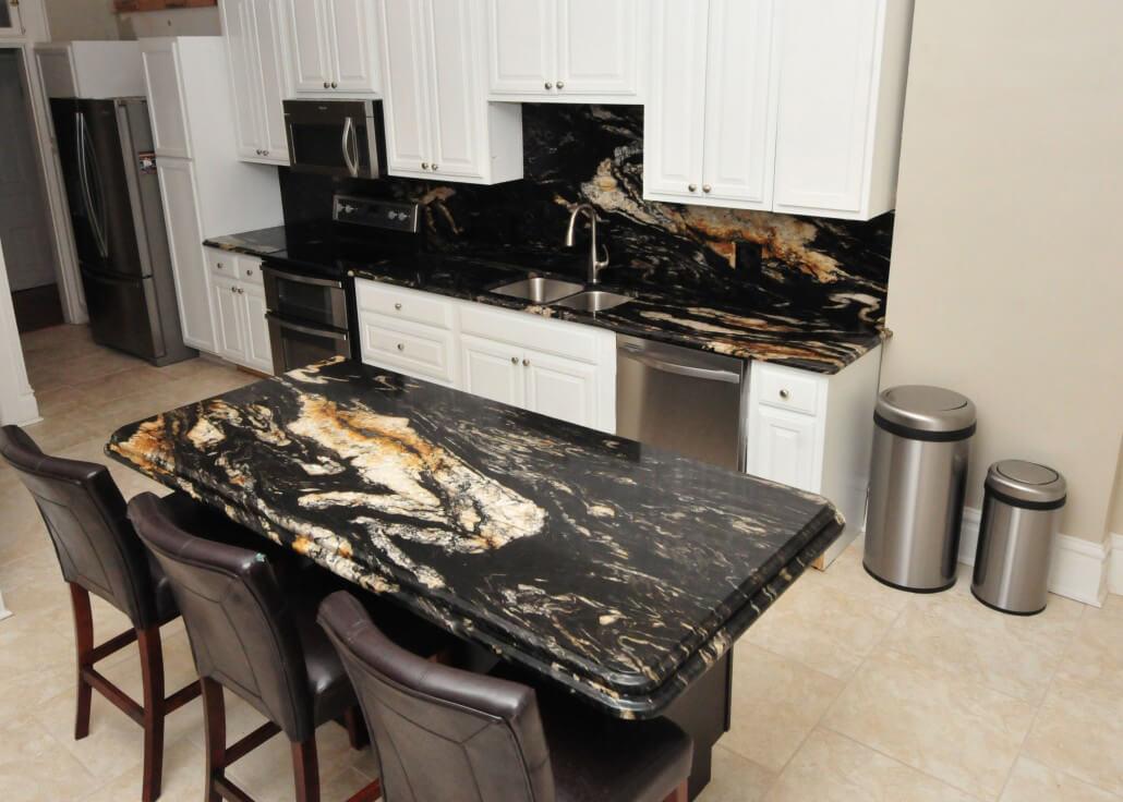 Đá Granite Gucci Black ốp bếp