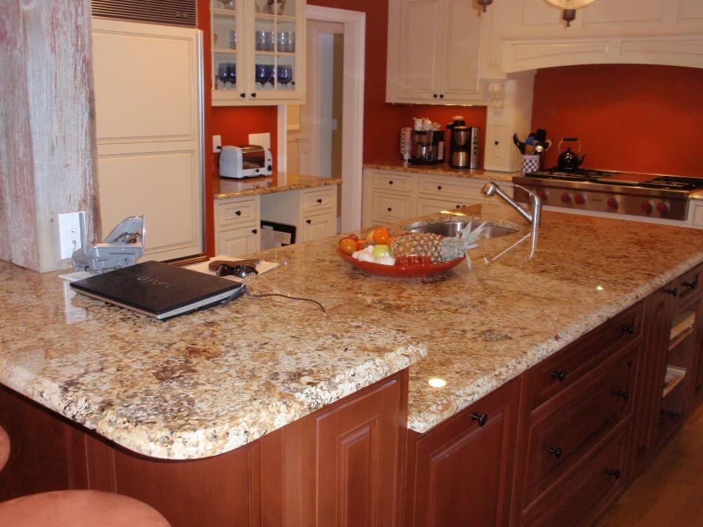 Đá Granite Brazil Solarius ốp bếp