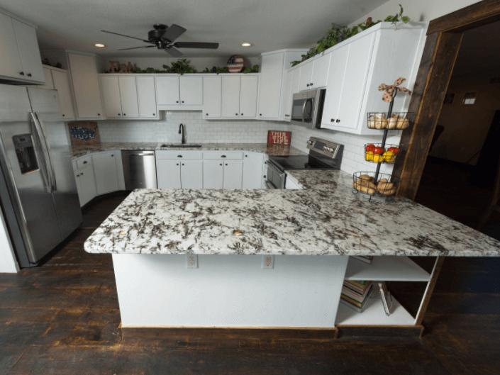 Đá Granite White Orion ốp bếp