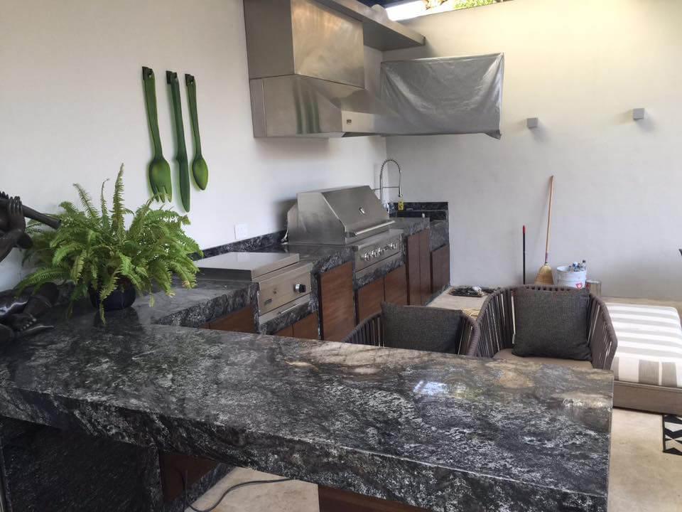 Đá Granite Cianitus ốp bếp