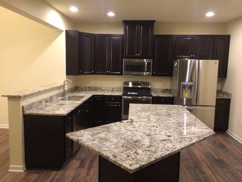 Đá Granite Delicatus White ốp bếp
