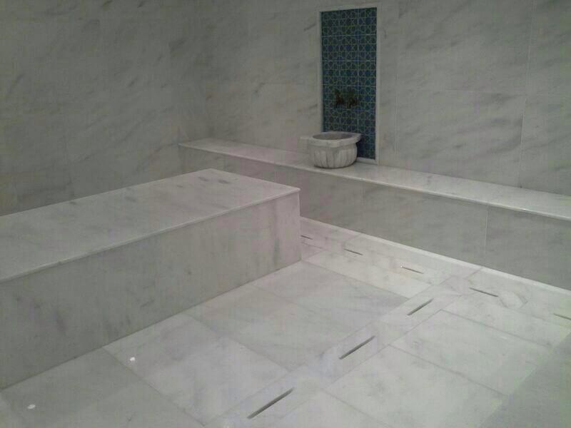 Đá Marble 'Cẩm Thạch' M.Kemalpasa ốp phòng tắm