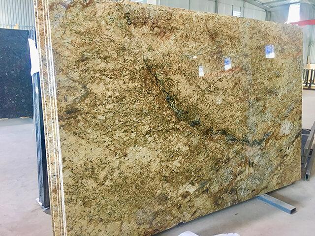 Đá Granite 'tự nhiên' Antique Persa