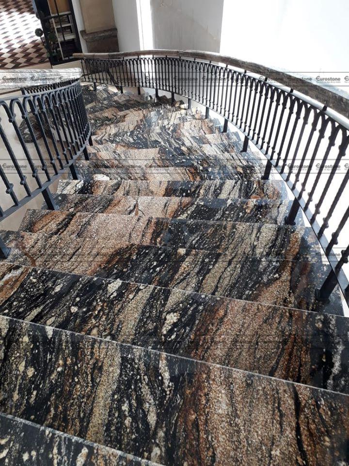 Đá Granite Cianitus ốp cầu thang