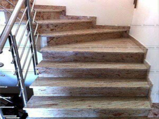 Đá Granite Astoria ốp cầu thang