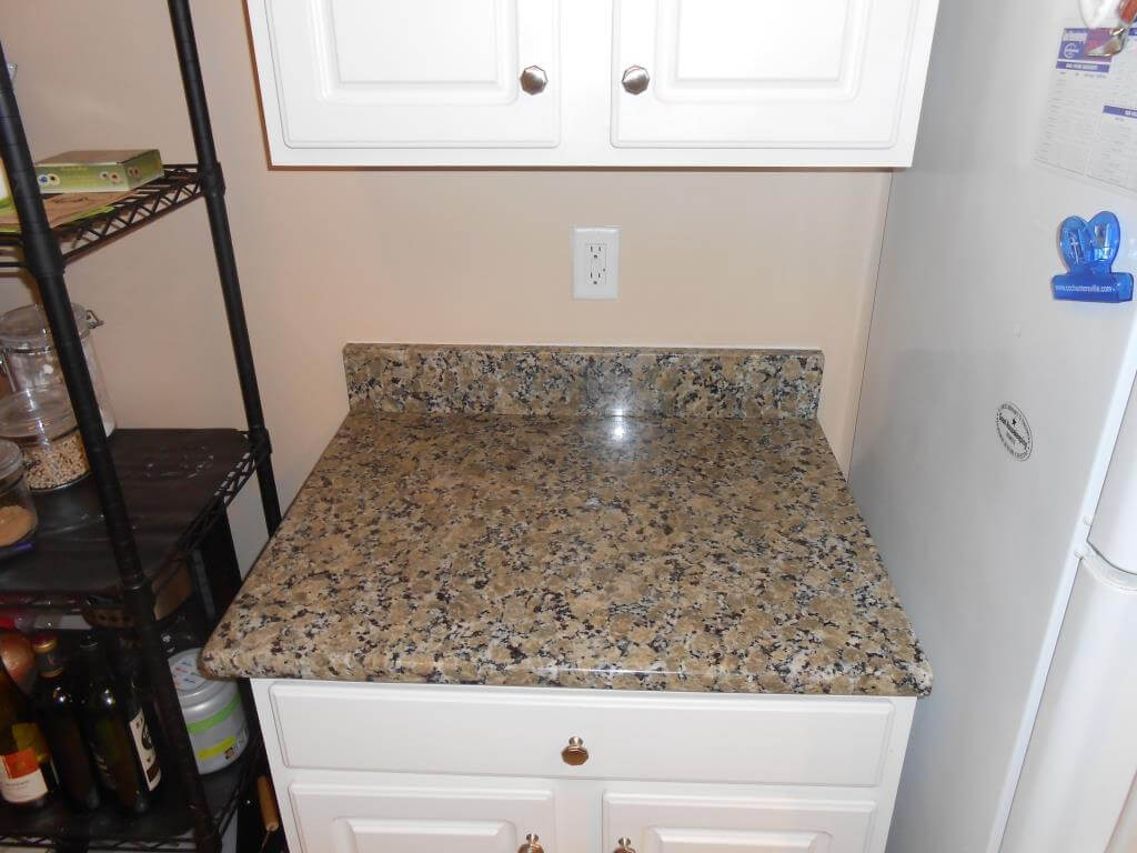 Đá Granite Yellow Butterfly ốp bếp