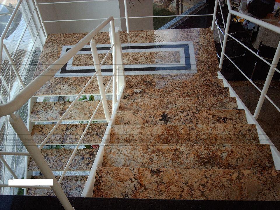 Đá Granite Brazil Solarius ốp cầu thang