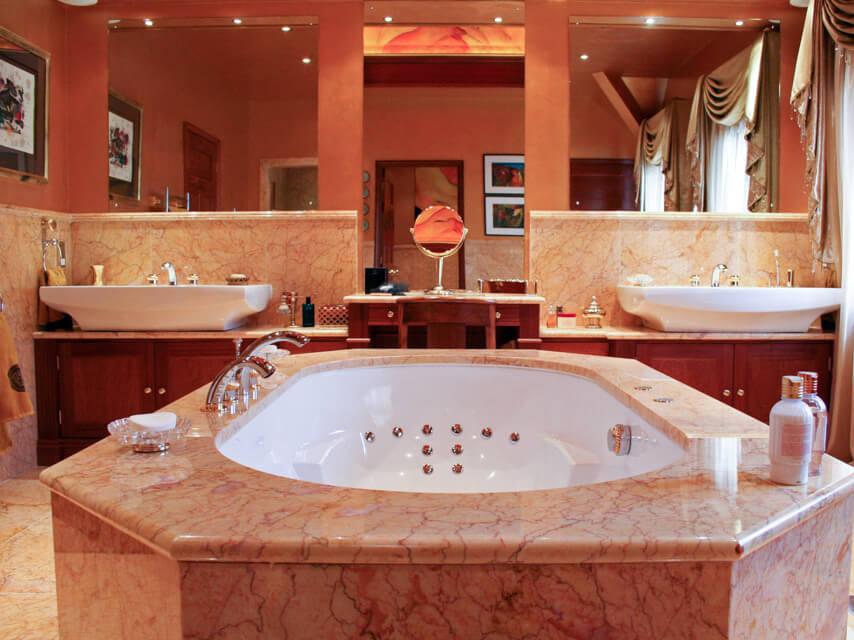 Đá Marble (Cẩm Thạch) Cream Valencia ốp nhà tắm